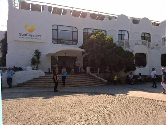 Atlantique Holiday Club: The Hotel Front