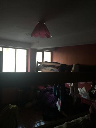 Chaska Wasi Hostel: Quarto horrível, sem locker!
