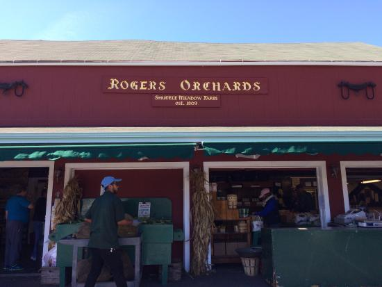 Саутингтон, Коннектикут: Roger's Orchards Main Store