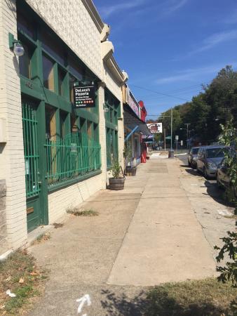 Deluca's Pizzeria Napoletana: photo1.jpg