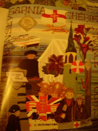 The Guernsey Tapestry : pix from official catalogue