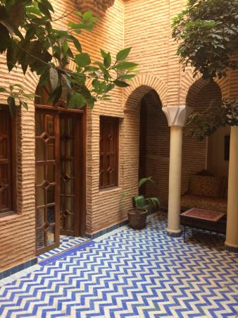 Somptueuse salle de bain - Photo de Riad & Spa Esprit du Maroc ...