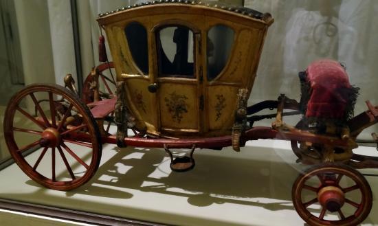 Musees et Domain Nationaux de Compiegne: Музей транспорта