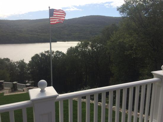 The Hudson River Crest B&B: View from the Backyard of the Hudson RIver Crest BnB