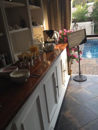 At Heritage House: Breakfast buffet on the veranda
