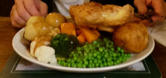 White Hart Inn & Restaurant: Main meal of cooked roast dinner