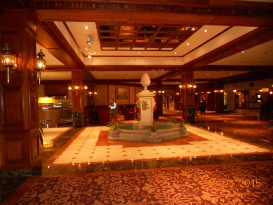 Hotel Foyer Music : Foyer picture of sheraton music city hotel nashville