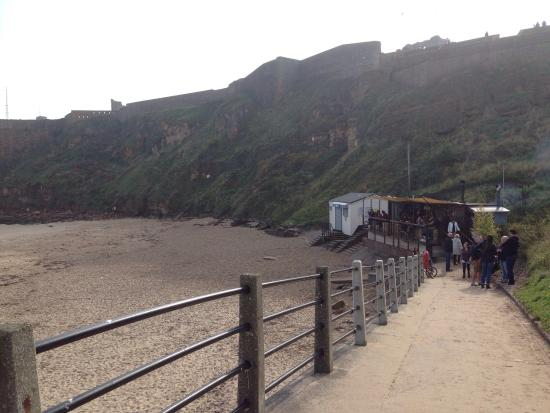 The fantastic riley 39 s fish shack just 3mins walk from the for Martins fish house