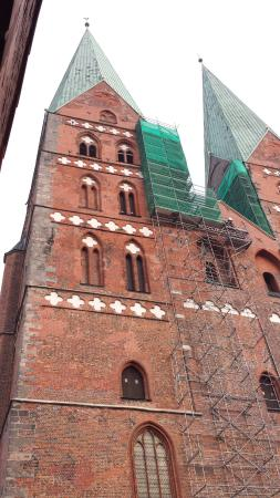 Hotel an der Marienkirche: St. Mary's is directly across the street