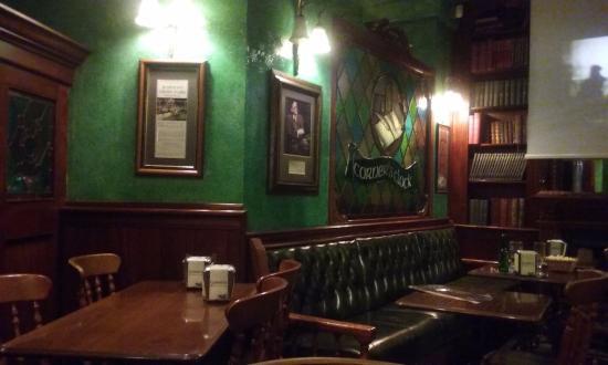 The Corner\'s Clock, Madrid - Fotos, Número de Teléfono y Restaurante ...
