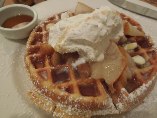 Cafe Dewitt : Cornmeal Waffle with Pear Sauce