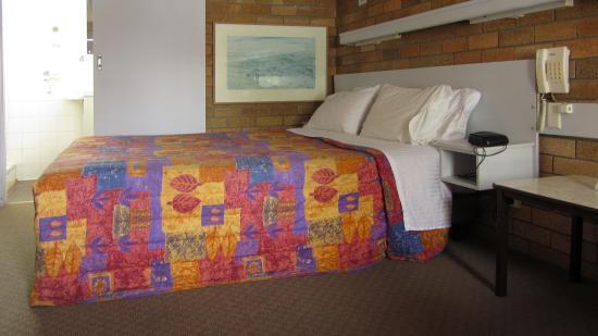 Wanderlight Motor Inn : Bed
