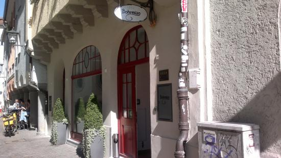Bohemian Hotel: Frontbereich, Eingang