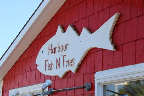 Harbour Fish N' Fries: Patio Decor