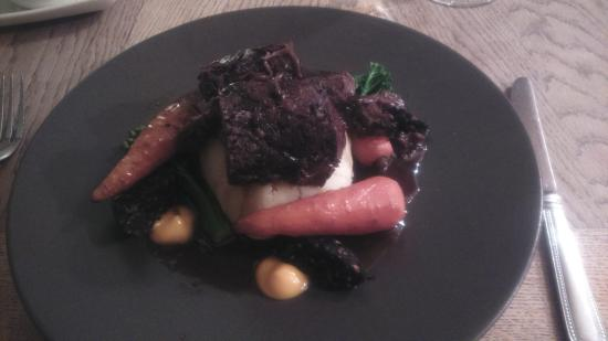 Bampton, UK: Slow cooked ox cheek in red wine