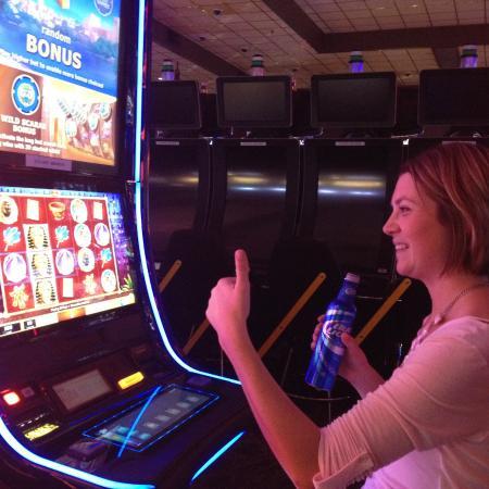 Pelata online kasino videos