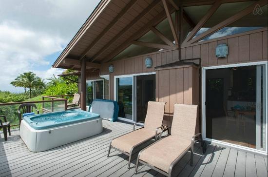 Starwind Deck With Patio Furniture