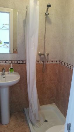 Pension San Jose: ensuite bathroom