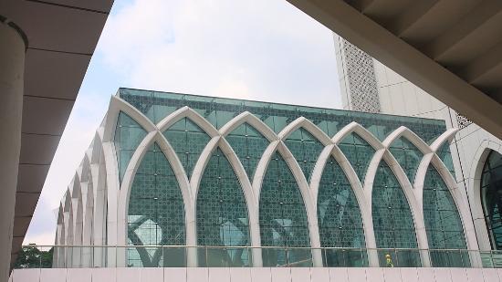 Dayabumi Complex : Tajamkan Mata & Lihat Seni Bangunannya