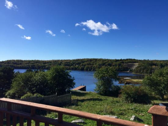 Sheet Harbour, Kanada: Fall scenery from the patio.