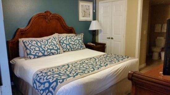 Master bedroom of 2 bedroom condo picture of summer bay orlando by exploria resorts clermont 5 bedroom resorts in orlando fl