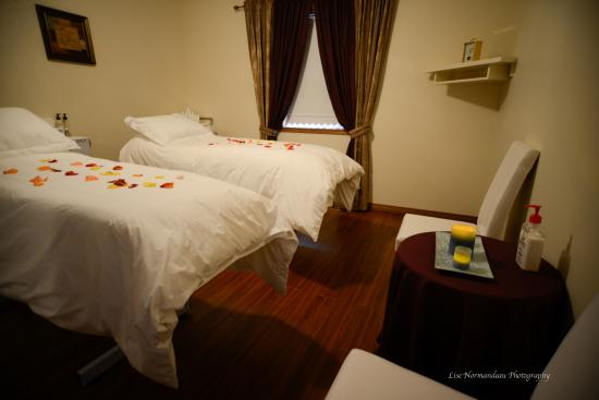 Steinbach, Canada: Massage, Facials Room