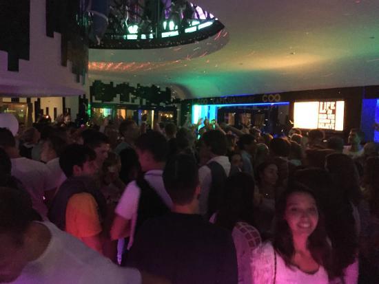 Marina Burger: Party Day