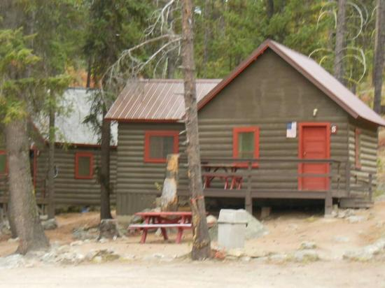 Cascade, ID: The cabins were built in the 1940's so they are rustic. Be sure to bring towels and such. The ow