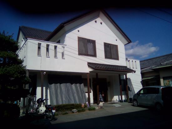 Kamogawa: お店
