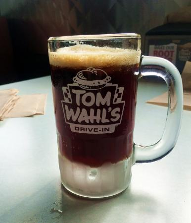 "Avon, Nova York: ""home made"" root beer"