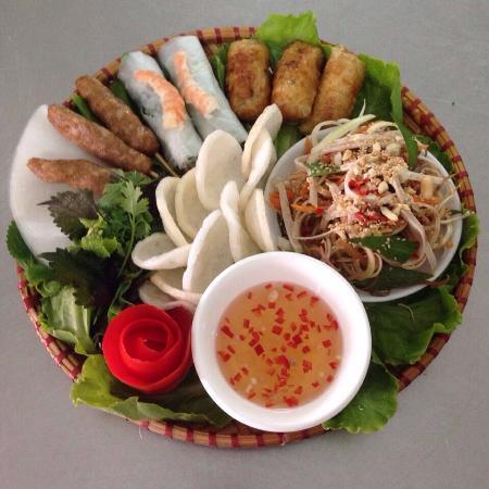 Hoa Sua Training Restaurant - Le Croissant: Appertizers