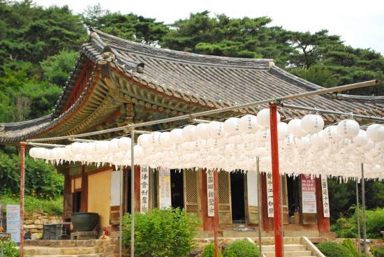 Jeondeungsa Temple : 境内
