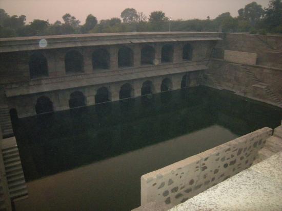 Tonk, อินเดีย: Hadi rani ki baori