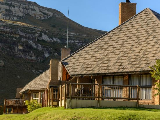 Kiara Lodge: Units at the foot of the Maluti Mountains