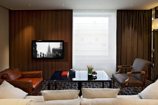 Ararat Park Hyatt Moscow: Park Suite Living Room