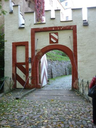 Lunzenau, Alemania: Eingangstor mit Zugbrücke
