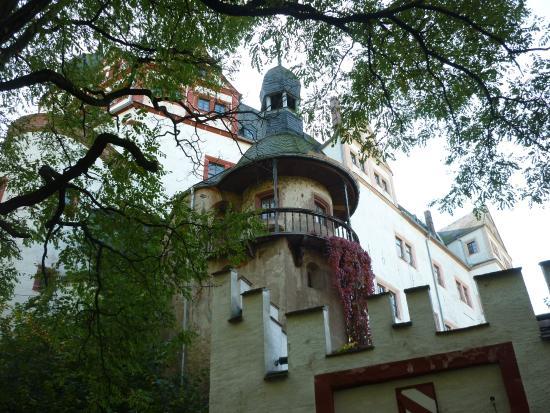 Lunzenau, Alemania: Turm vom Eingangsbereich