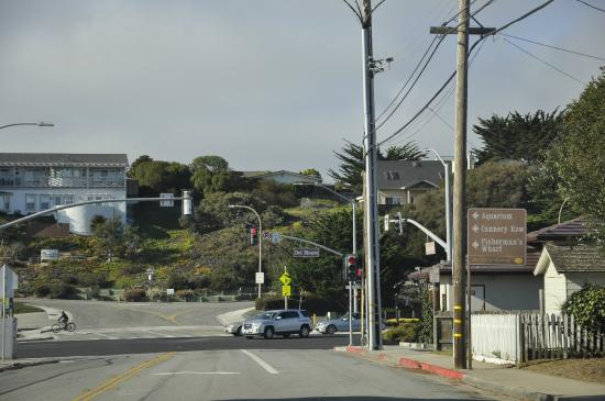 Monterey Oceanside Inn : Lots to do in the area of the Inn. Monterey and Carmel are great!