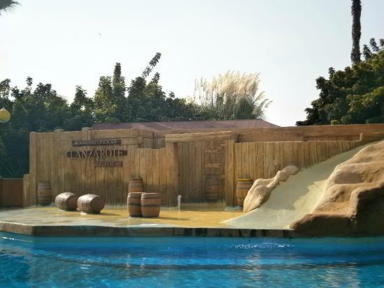 parc aquatique et spectacle otaries - Picture of Rancho Texas Lanzarote Park,...
