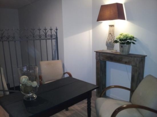 salon mezzanine - Picture of Cote Cour, Bischwihr - TripAdvisor