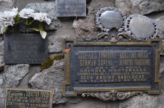 Cementerio del Montañés