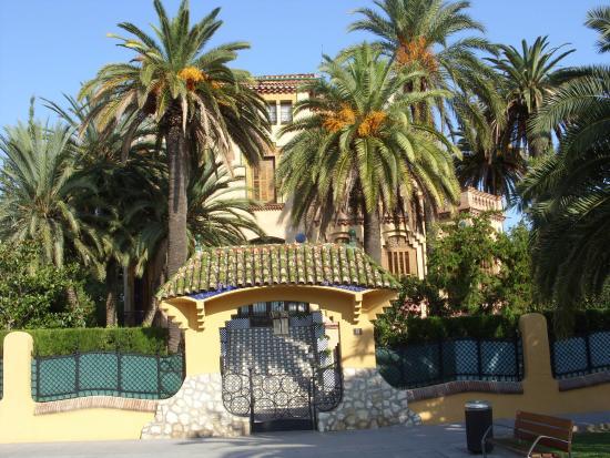 Eurosalou Hotel: Gudi style house Salou
