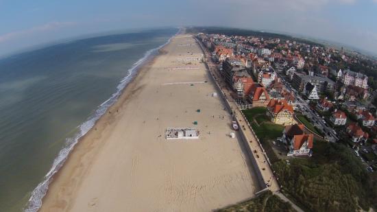 Promenade und strand in de haan picture of b b yaca de for B b maison rabelais de haan