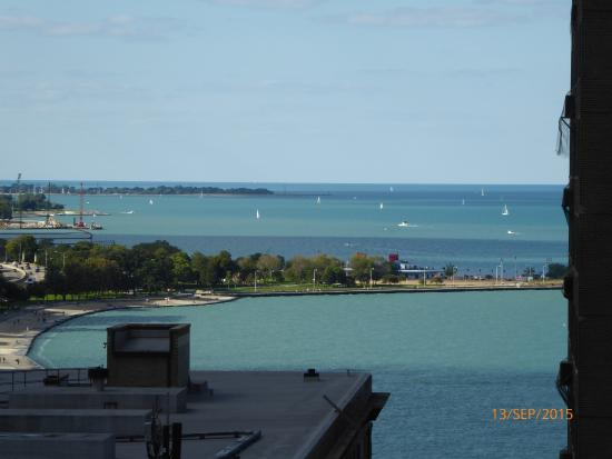 The Westin Michigan Avenue Chicago: View from 18th Floor room