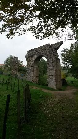 Aqueduc romain du Gier a Mornant