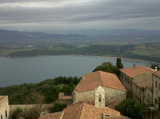 Baratti, İtalya: Il golfo dalla rocca