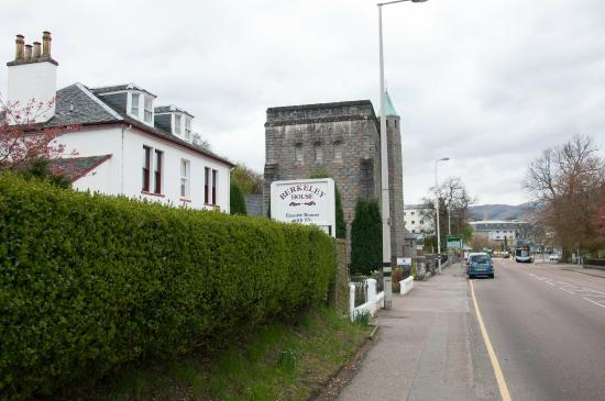 Bordje picture of berkeley house fort william tripadvisor for The berkeley house