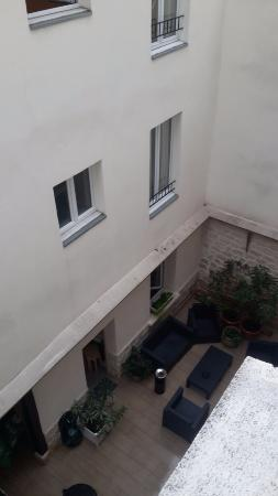 Hotel Sofia: View on internal courtyard from my room