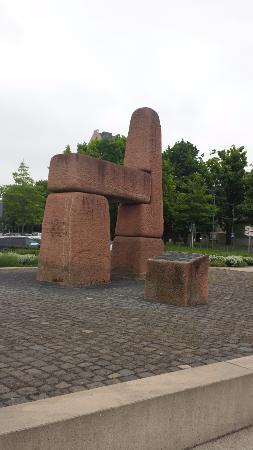 Peter Altmeier Denkmal