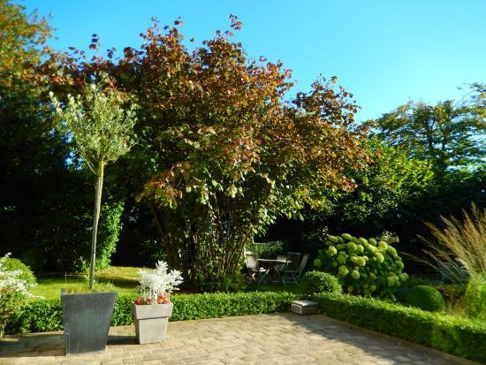 Le Clos Jouvenet : Jouvenet Garden
